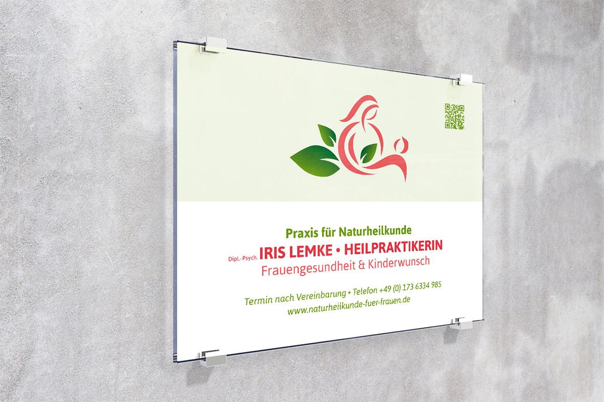 Baroneska_Schild_Iris-Lemke
